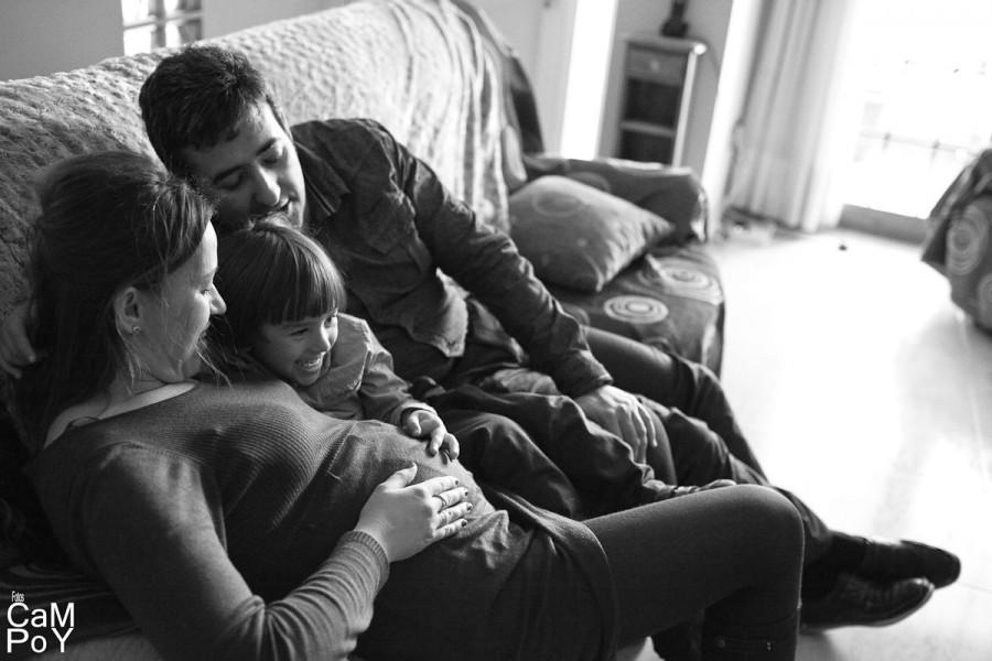 Laura-sesion-de-embarazada-en-casa-39