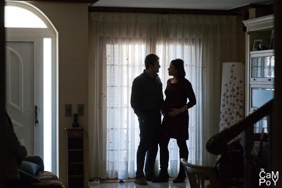 Laura-sesion-de-embarazada-en-casa-41
