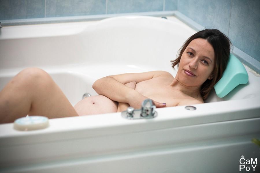 Laura-sesion-de-embarazada-en-casa-5