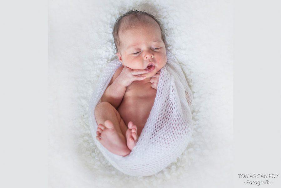 sesion-de-bebe-y-newborn-en-casa-28